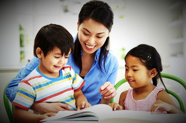 Trò chuyện cởi mở với học sinh là điều gia sư nên làm