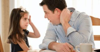 6 kỹ năng tự bảo vệ cha mẹ cần dạy cho trẻ