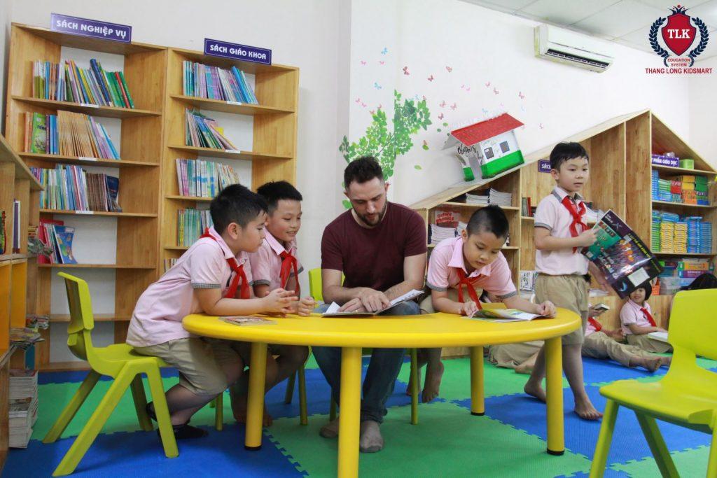 Thư viên trường tiểu học Thăng Long Kidsmart