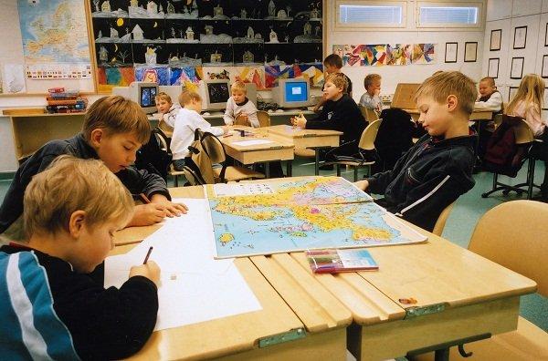 Giáo dục được ưu tiên và bình đẳng đối với tất cả trẻ em