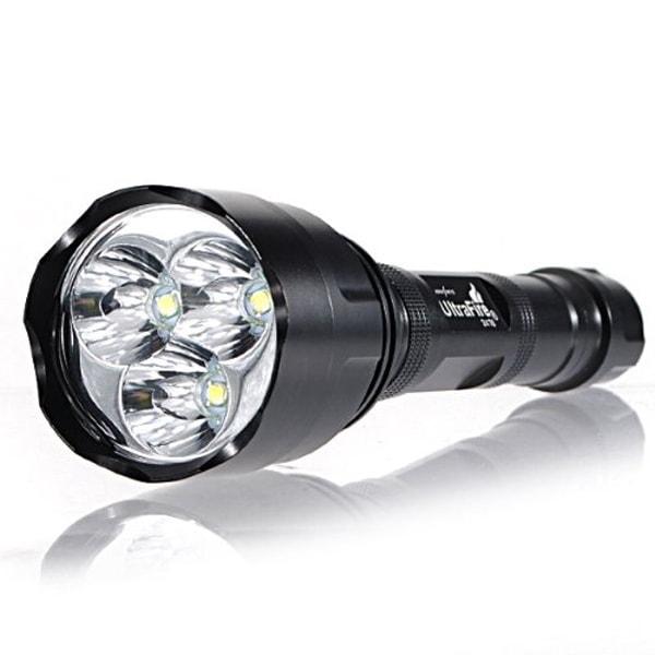 Hãy chuẩn bị một chiếc đèn pin khi cần ra đường ban đêm