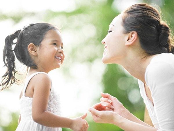 Dạy trẻ ý thức được về cơ thể mình và không cho người lạ đụng chạm
