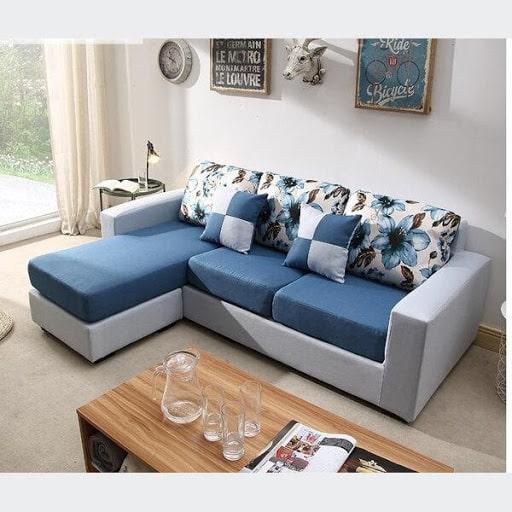 Nên chọn màu sofa hợp tông với nội thất trong phòng khách