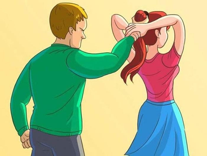 Cần học cách tự vệ trước những tình huống bị tấn công bất ngờ